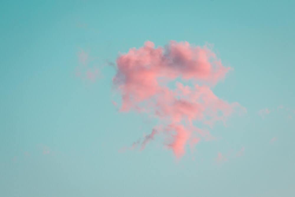 blue-backfround-pink-cloud