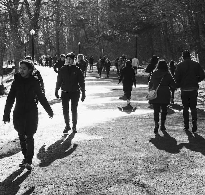 people-in-park-blackwhite