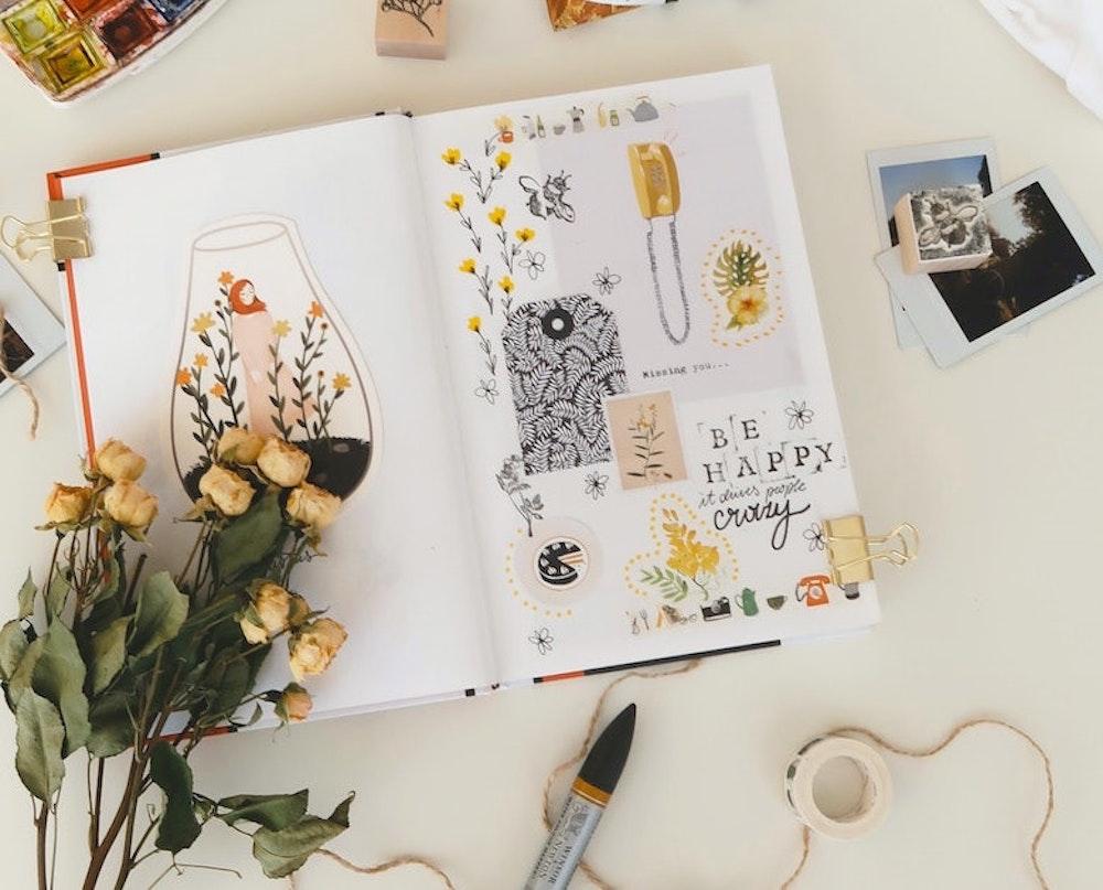 start-an-art-journal-flatlay
