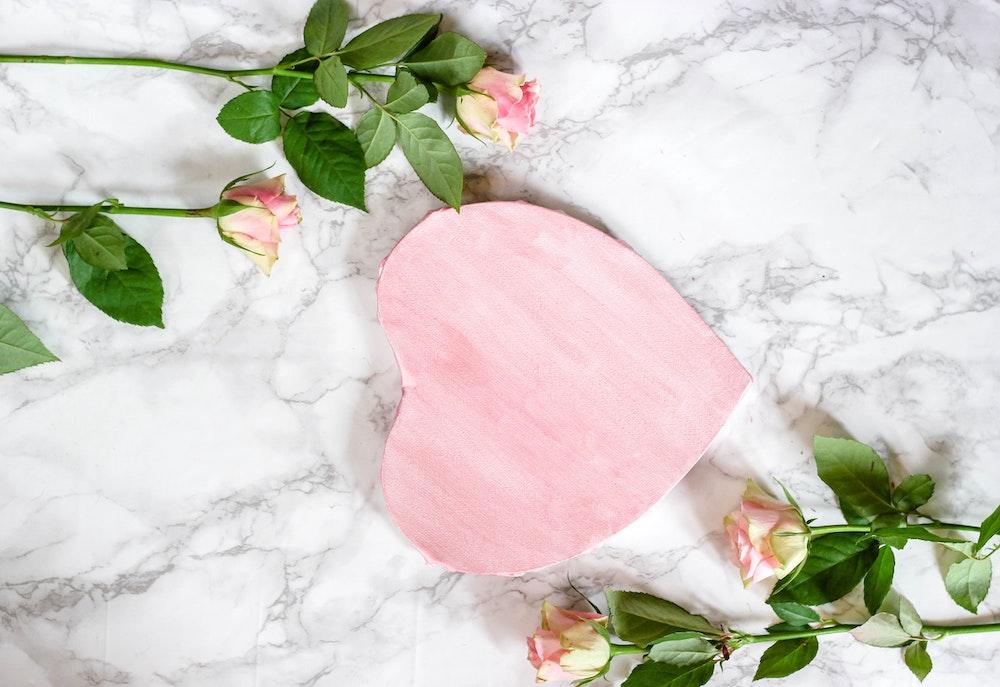 gratitude-heart-marble-flower
