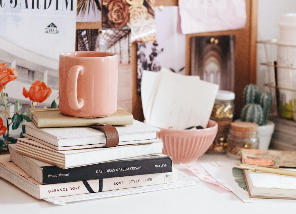 gratitude-pile-books