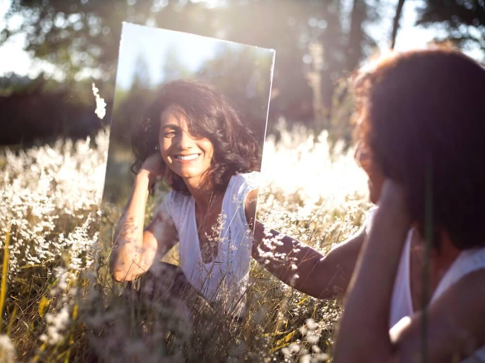 woman-reflection-mirror